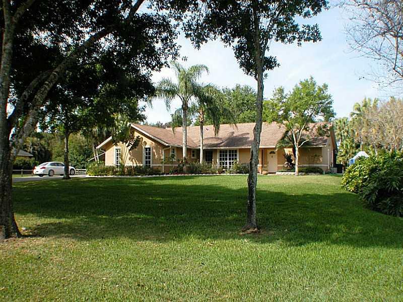 Real Estate for Sale, ListingId: 32146863, Southwest Ranches,FL33332