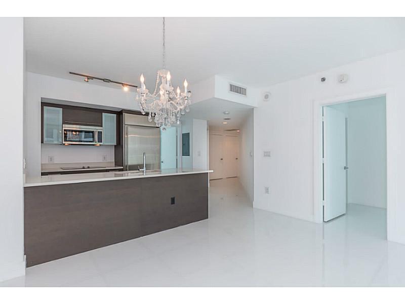 500 Brickell Ave # 2910, Miami, FL 33131