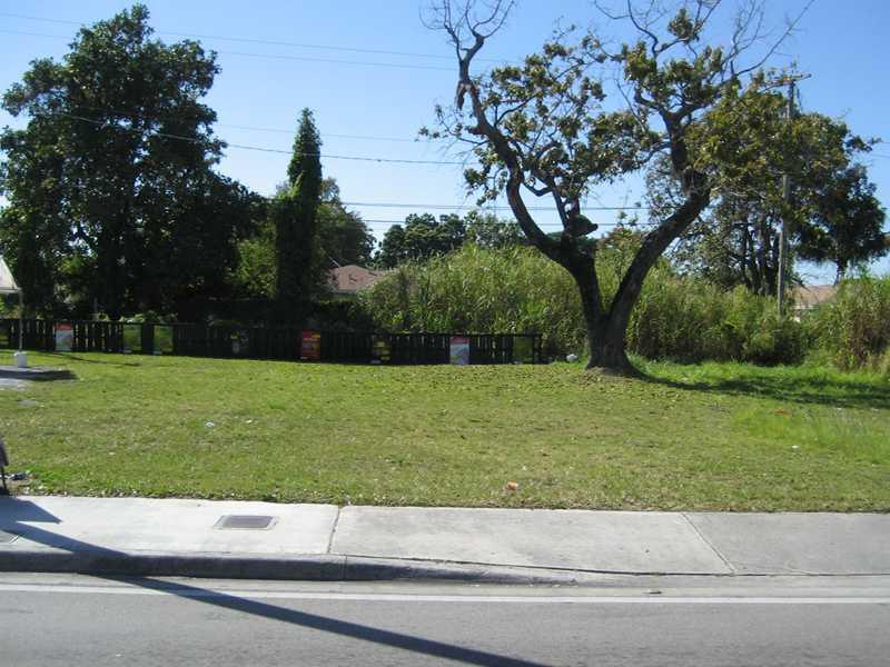 2254 Nw 62nd St, Miami, FL 33147