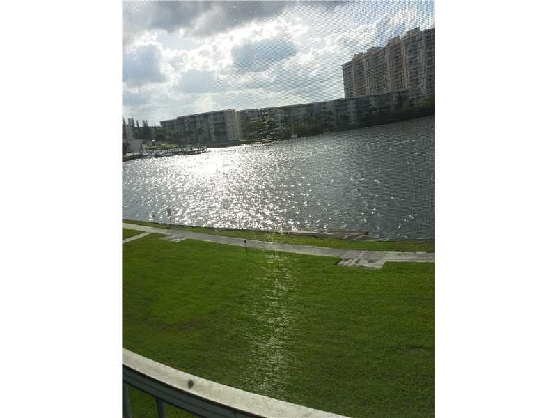 Rental Homes for Rent, ListingId:32974088, location: 2949 POINT EAST DR B-303 Aventura 33160
