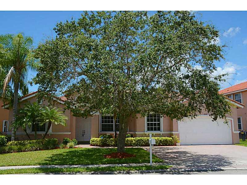 Real Estate for Sale, ListingId: 34204431, Pembroke Pines,FL33027