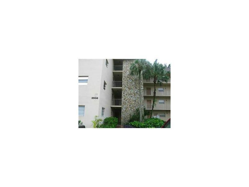 Rental Homes for Rent, ListingId:34678235, location: 2500 SW 81 AV 302 Davie 33324