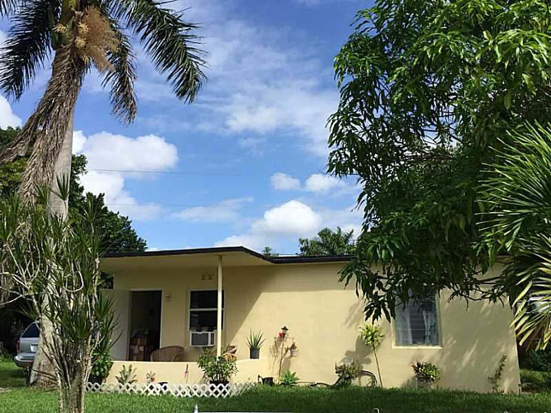 Rental Homes for Rent, ListingId:35901728, location: 14955 LEISURE DR Homestead 33033