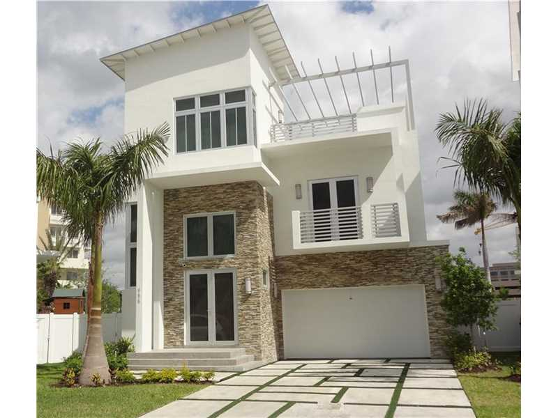 Rental Homes for Rent, ListingId:36440984, location: 8475 NW 34TH DR Doral 33122