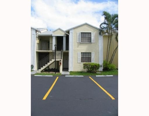 Rental Homes for Rent, ListingId:27673957, location: 980 CONSTITUTION DR # F Homestead 33034