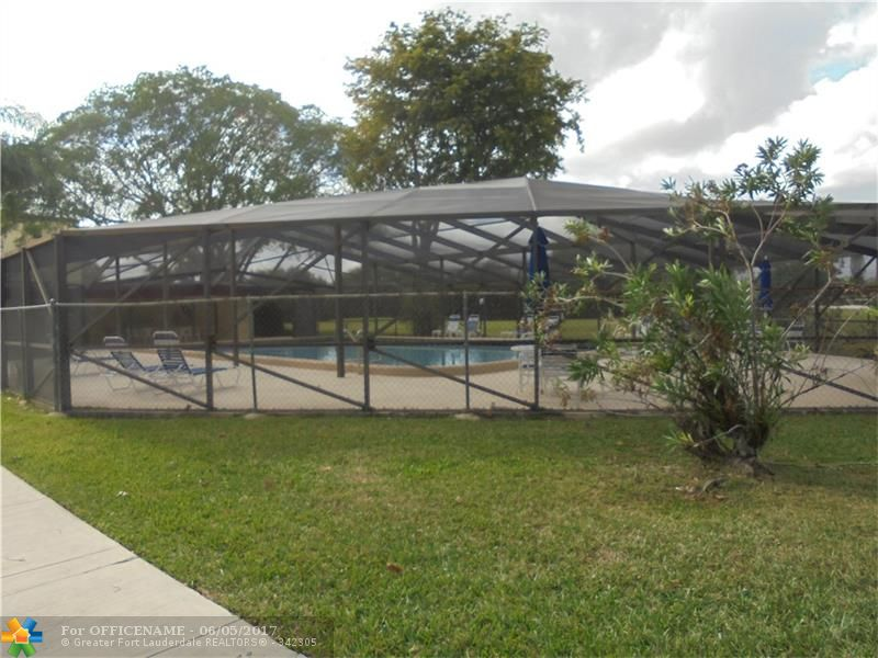 Photo of 9233 SW 8th St 204  Boca Raton  FL
