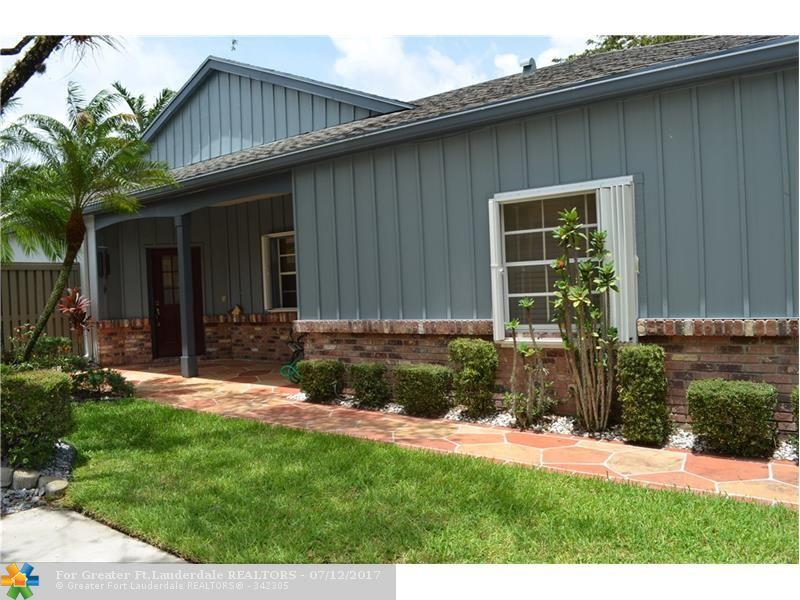 Photo of 6530 Windsor Dr  Parkland  FL