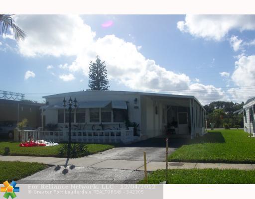 2460 SW 53rd St, Fort Lauderdale, FL 33312
