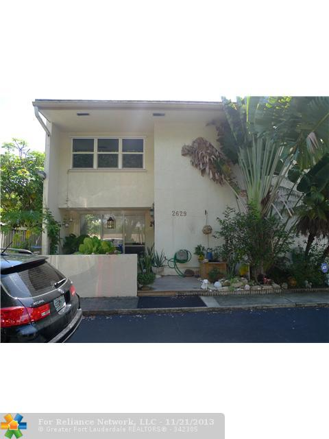 2629 N 40th Ave, Hollywood, FL 33021