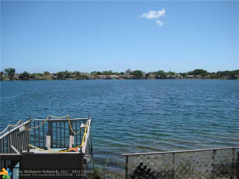 5512 Park Rd, Fort Lauderdale, FL 33312