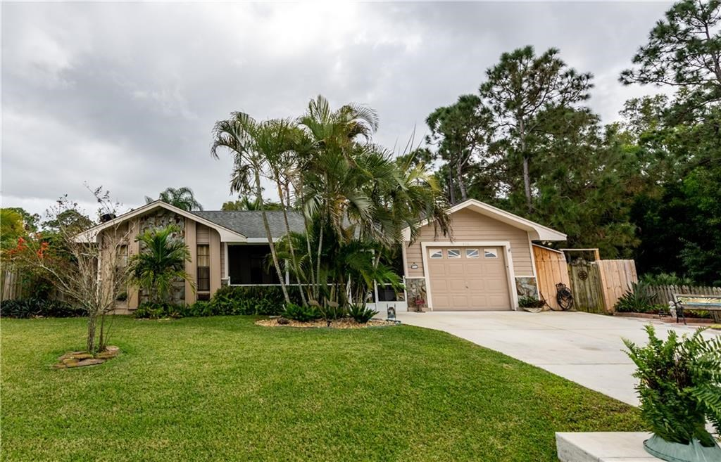 416 NW Archer Avenue, Port Saint Lucie, Florida