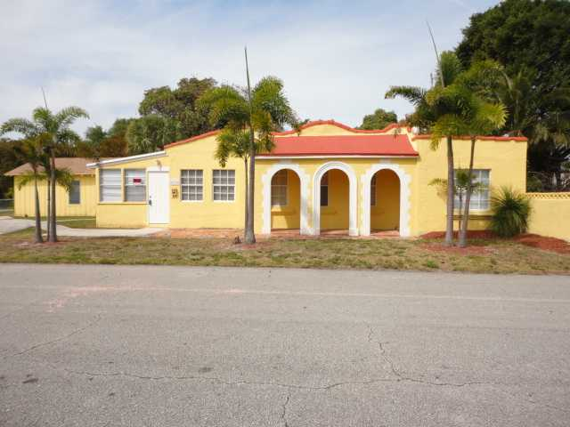 5200 Webster Ave, West Palm Beach, FL 33405