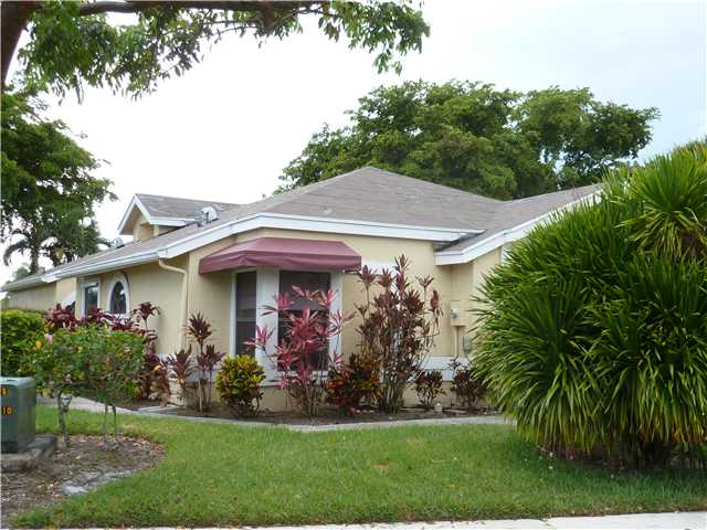 6193 Beaconwood Rd, Lake Worth, FL 33467