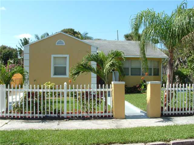 516 38th St, West Palm Beach, FL 33407