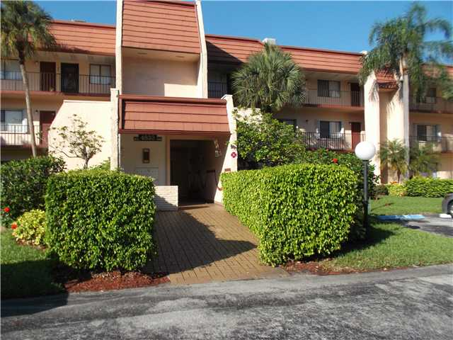 4833 Esedra # 105, Lake Worth, FL 33467