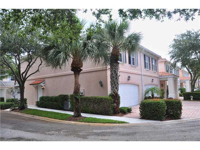 43 Live Oak Cir, Jupiter, FL 33469