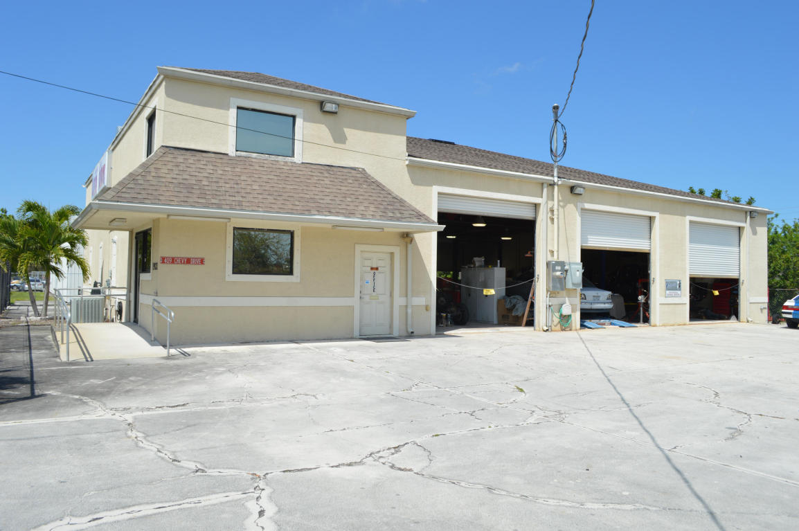 Commercial Property for Sale, ListingId:27408402, location: 1921 SW Biltmore Street Pt St Lucie 34953