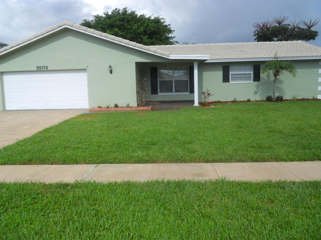 Rental Homes for Rent, ListingId:29335262, location: 3509 NW 25th Terrace Boca Raton 33434