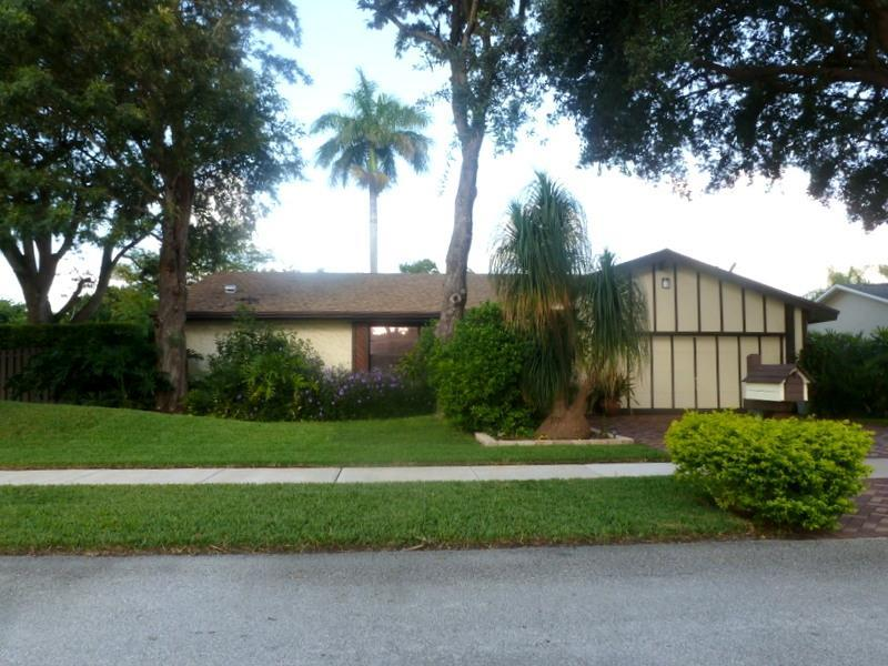 6701 Nw 22nd Ter, Fort Lauderdale, FL 33309