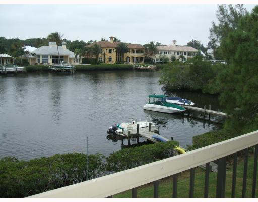 Rental Homes for Rent, ListingId:29950606, location: 9110 SE Riverfront Terrace Unit H Tequesta 33469