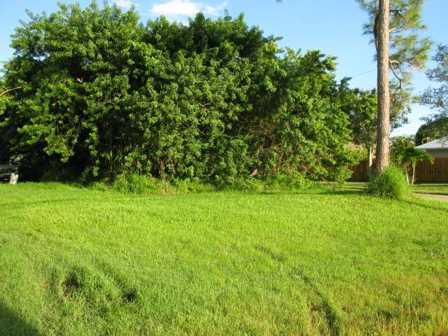 Land for Sale, ListingId:30403182, location: Xxxx SW Feroe Avenue Palm City 34990