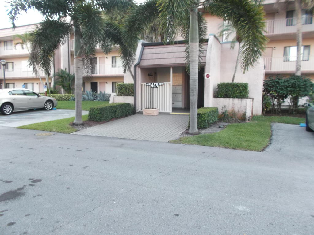 One of Lake Worth 2 Bedroom New Listings Homes for Sale