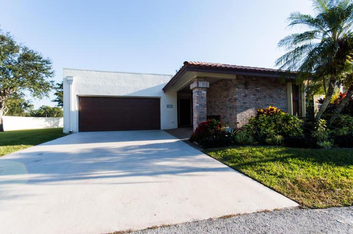 Rental Homes for Rent, ListingId:31029633, location: 6735 Lago Vista Terrace Boca Raton 33433