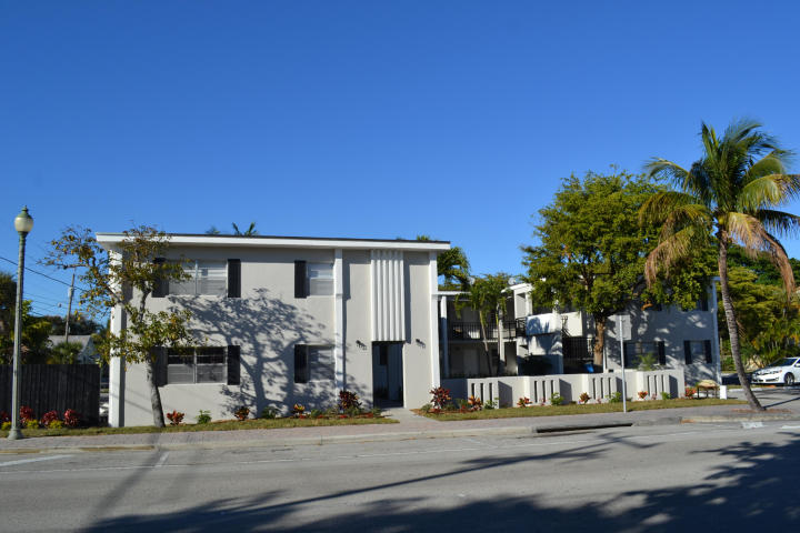 Rental Homes for Rent, ListingId:31705432, location: 202 Lucerne Avenue Unit 11 Lake Worth 33460