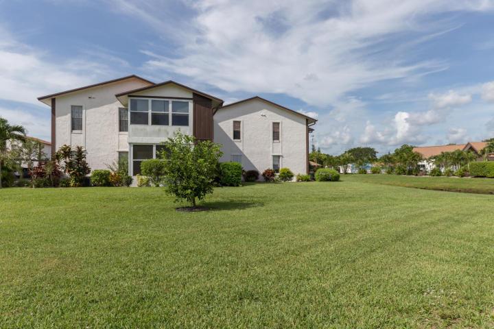 Single Family Home for Sale, ListingId:35014858, location: 6531 SE Federal Highway Unit S-207 Stuart 34997