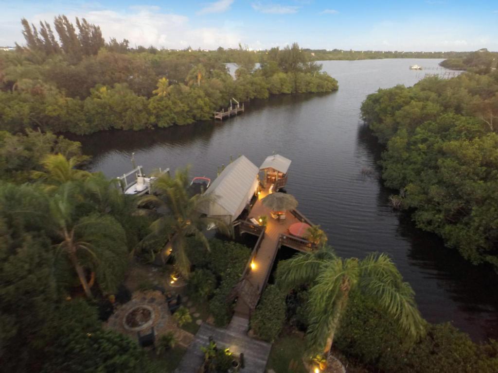Real Estate for Sale, ListingId: 36082395, Palm City,FL34990