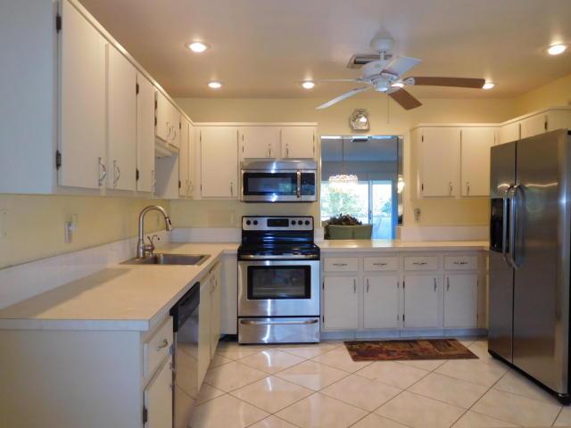 5451 Poppy Place Unit 102, Delray Beach, Florida
