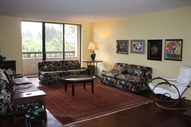 4770 Fountains Drive Unit 301, Lake Worth, Florida