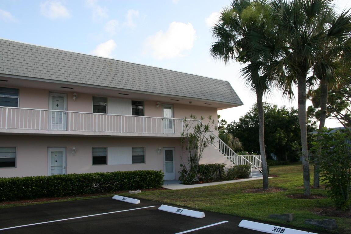 Photo of 18081 SE Country Club Drive Unit 31-310  Tequesta  FL