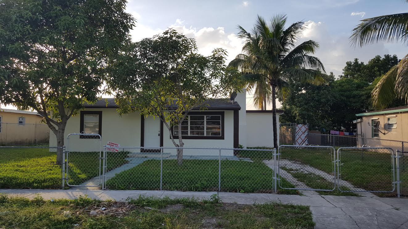 2325 Cypress Rd, West Palm Beach, FL 33409