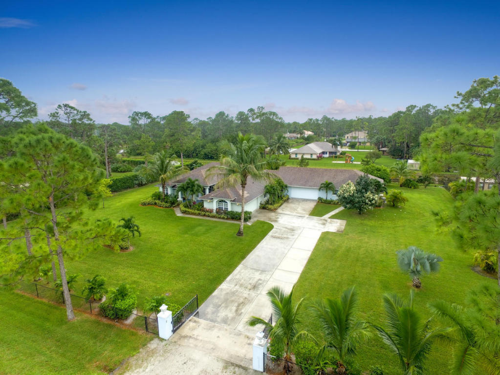14082 88th Pl N, Loxahatchee, FL 33470