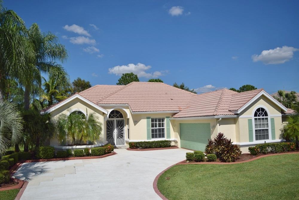 1299 SW Briarwood Dr, Port Saint Lucie, FL 34986