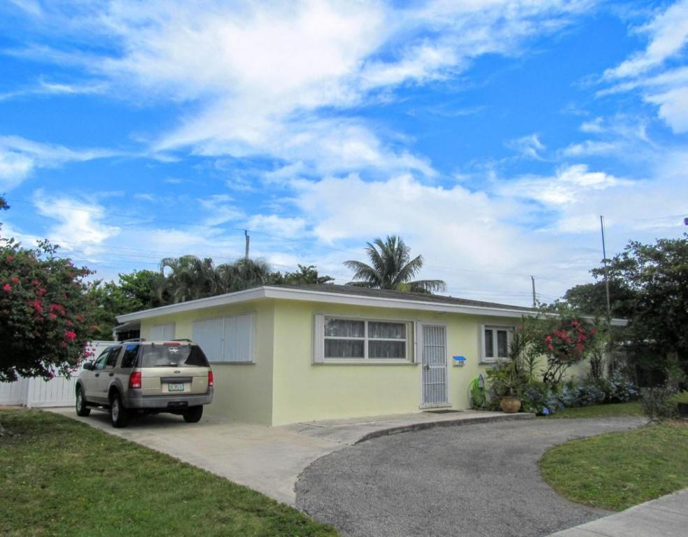 Photo of 4195 Collin Drive  West Palm Beach  FL