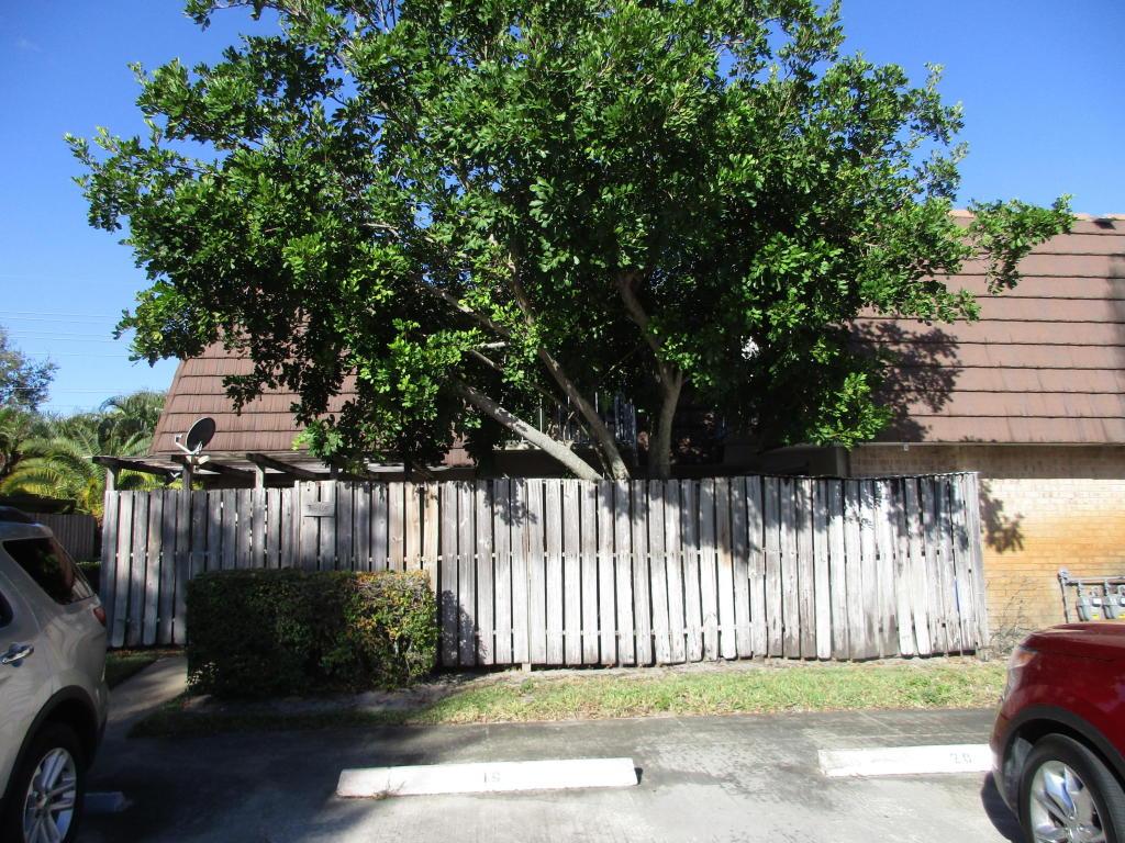 Photo of  Palm Beach Gardens  FL