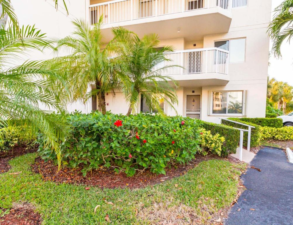Photo of 3146 Via Poinciana Unit 117  Lake Worth  FL