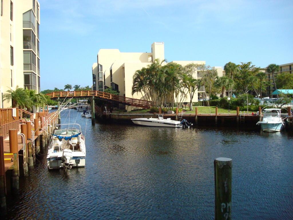 Photo of 4 Royal Palm Way Unit 201  Boca Raton  FL