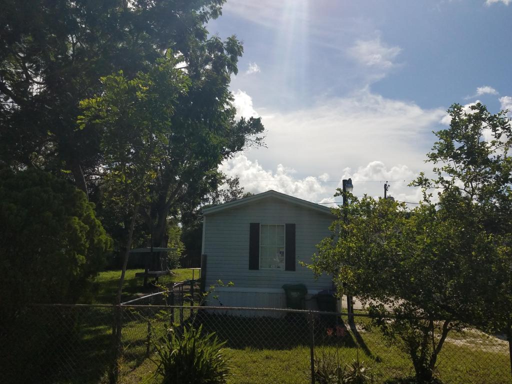 Photo of 1209 W Joy Lane  Fort Pierce  FL
