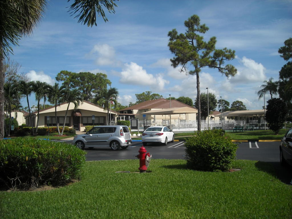 Photo of 302 Knotty Pine Circle Unit D-1  Greenacres  FL