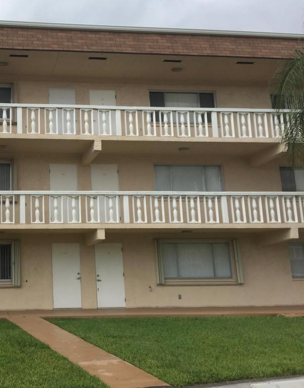 Photo of 700 Village Green Court Unit 117  Palm Springs  FL