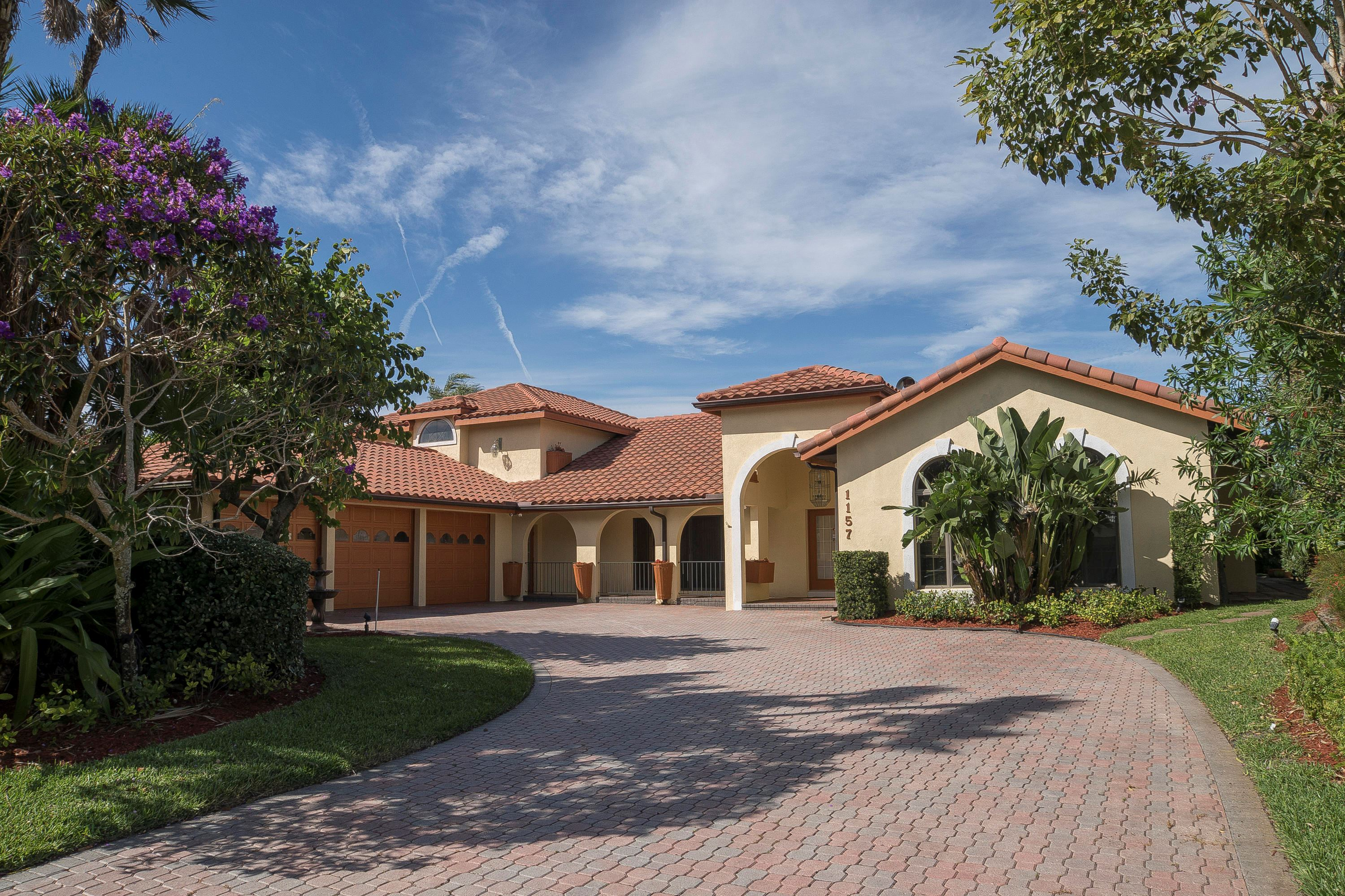 Hobe Sound Waterfront Property For Sale