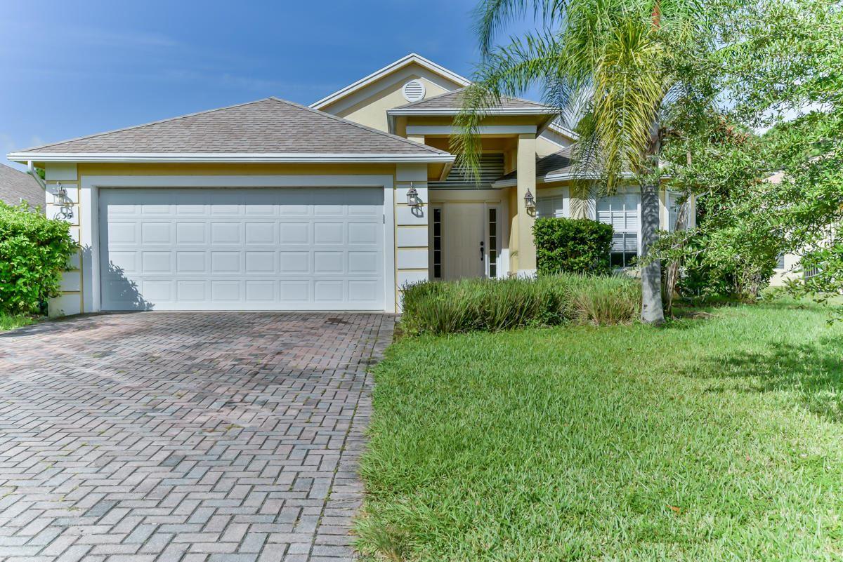 1635 16th Court, Vero Beach in  County, FL 32962 Home for Sale