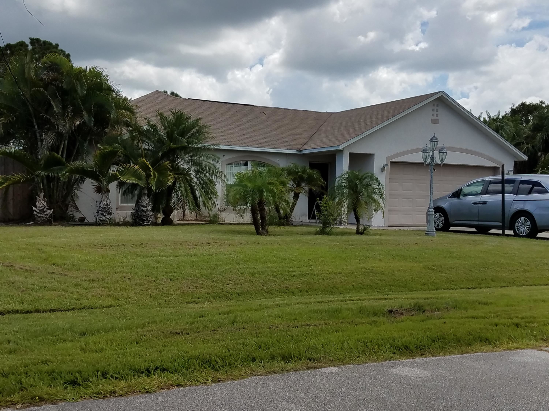 5722 NW Alcazar Terrace Saint Lucie West, FL 34986
