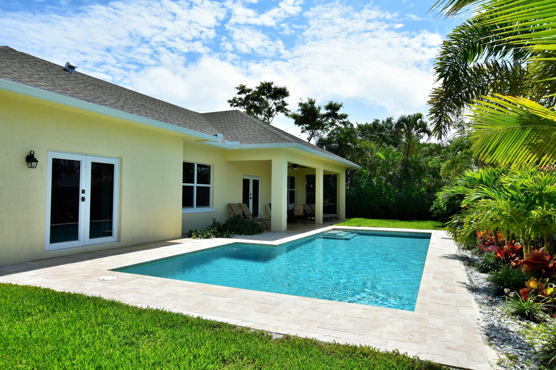 376 Forest Hill Boulevard West Palm Beach, FL 33405