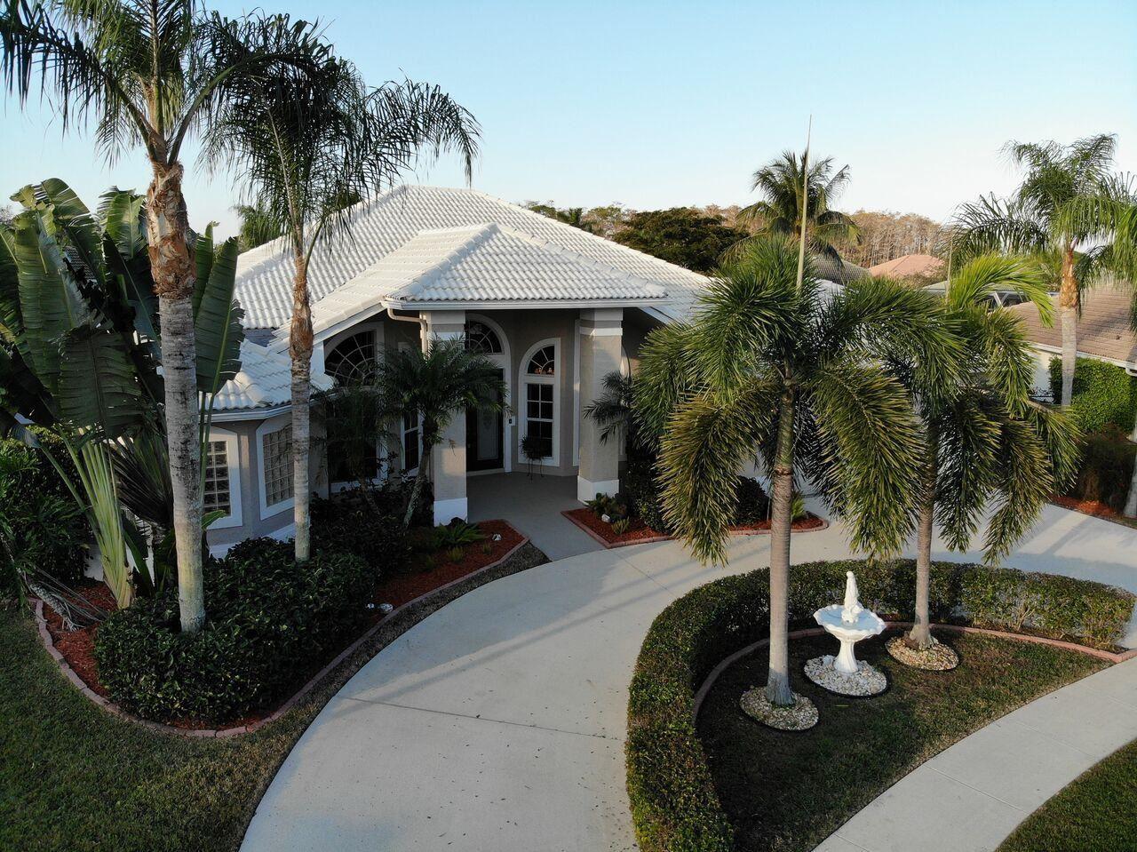 107 Sugarwood Crescent Royal Palm Beach, FL 33411