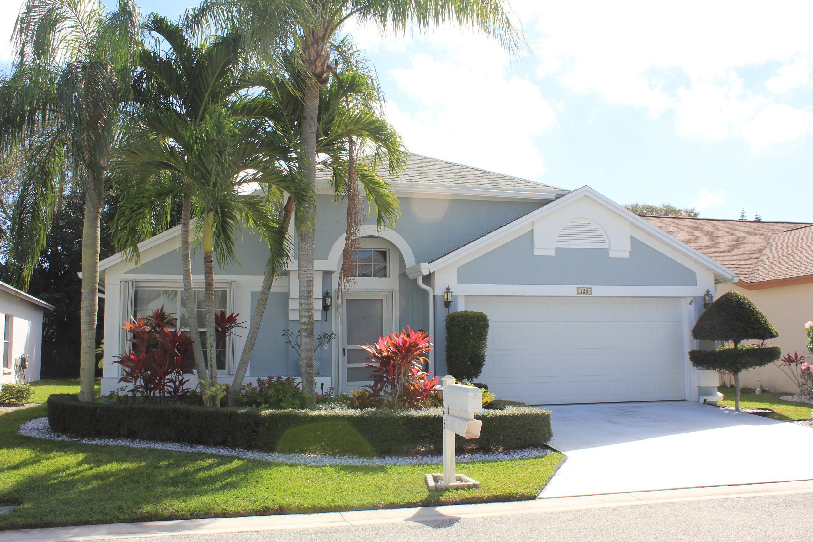125 Hammocks Drive Greenacres, FL 33413