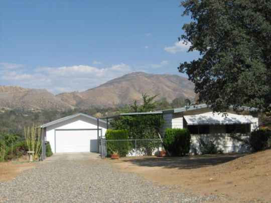 Photo of 407 North Dr  Bodfish  CA